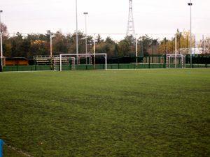 Fotografía del campo de fútbol